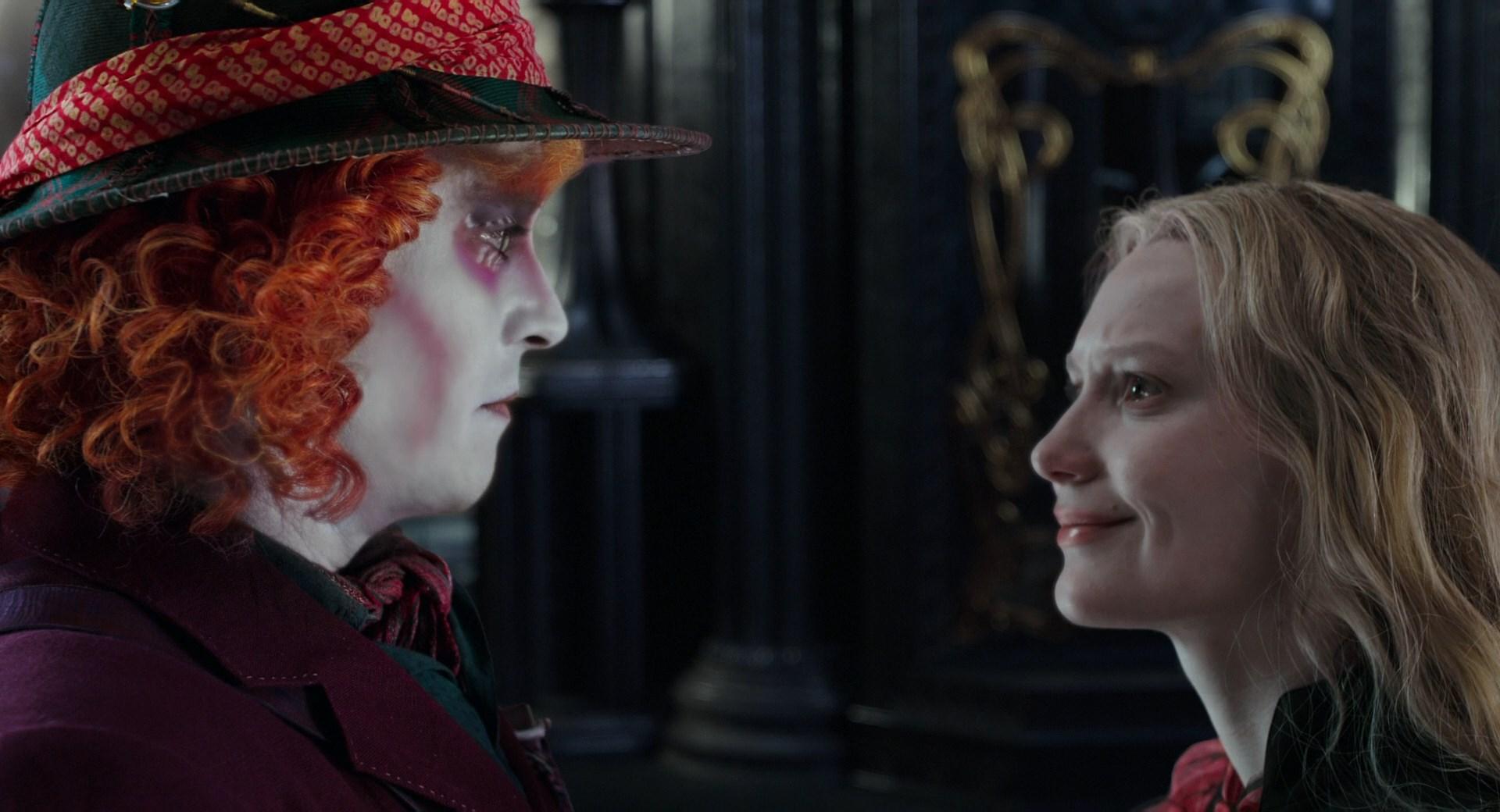 Алиса в Зазеркалье: По ту сторону зеркала (2016)